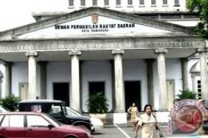 DPRD Khawatir Gedung Parkir Balai Kota Mangkrak
