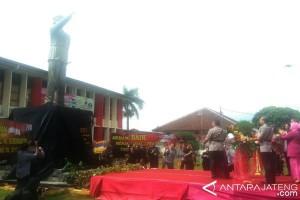 Wakapolda Jateng Resmikan Patung Komjen Polisi Soemarto