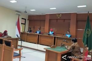 PTUN Tolak Adili Penggugat Pabrik Semen Indonesia