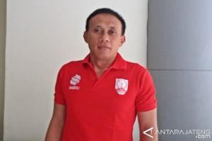 Persis Berhentikan Pelatih Widyantoro
