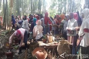Pasar Papringan Bukukan Omzet Capai Rp35 Juta