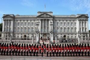 Tersangka Kedua Serangan Pedang di Istana Buckingham Diringkus Polisi