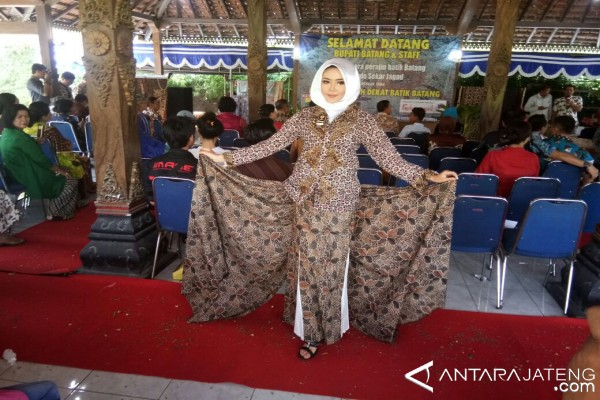 Momentum Lebaran bisa dipakai promosikan batik lokal