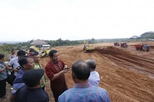 Pogres Lambat, Hendi Tegur Rekanan Proyek Drainase dan Jalur Pedestrian