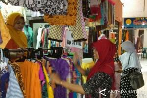 Imbas jualan online, belasan kios Pasar Grosir Setono Pekalongan tutup