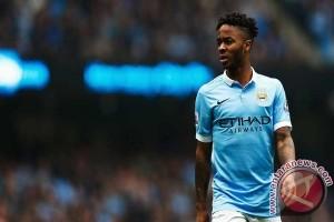 Guardiola ingin Sterling dapat bertahan di City