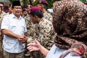 Prabowo Subianto Malas Bergaul dengan Elit, Banyak Bohongnya