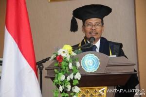 Universitas Muhammadiyah Magelang Kukuhkan Guru Besar Pertama