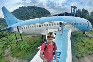 Bangkai Pesawat Jadi