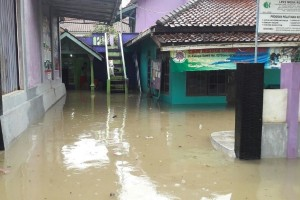 Floods, Landslides Hit Villages in Cilacap