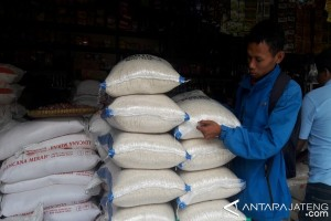 Masuki musim panen, harga beras di Temanggung turun