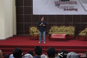 CEO Bukalapak.com Ajak Mahasiswa Jadi Inspirator