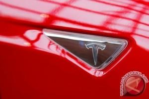 Tesla Model 3 raih bintang lima dalam uji tabrak
