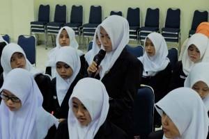 Bea Cukai Bekali Mahasiswa Magistra Utama
