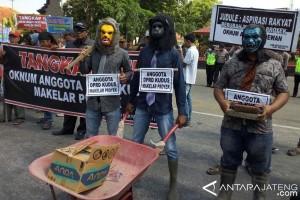 Legislator: Penyusunan APBD 2018 Kudus Tak Transparan