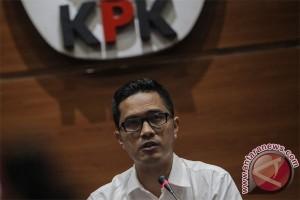 Ketidakhadiran Pejabat KPK , karena Menunggu Proses Hukum di MK, kata Febri
