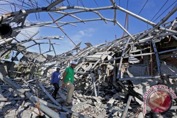 Gempat 7,3 SR Landa Irak-Iran Tewaskan 210 Orang