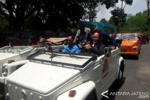 30 VW Angkut Pengunjung Borobudur Keliling Desa