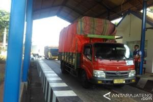 60 Persen Angkutan Barang Langgar Batas Tonase