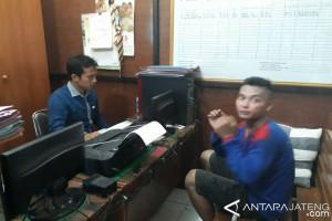 Pedagang Tangkap Pencuri Beras di Pasar Batang