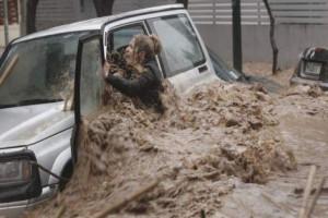 Banjir Landa Yunani 15 Orang Tewas