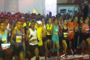 Menpora Lepas Peserta Borobudur Marathon