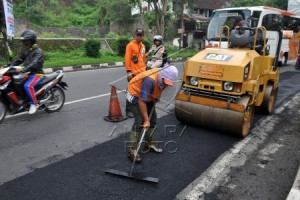Pemkab Percepat Pengerjaan Jalan Wanadadi - Rakit