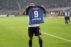 Gasak Atalanta 2-0, Inter Milan Geser Juventus