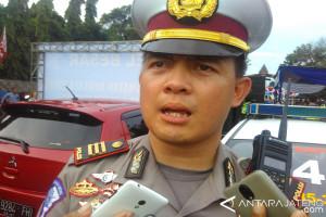 Polisi Rintis Keselamatan Berkendaraan Bersama Klub Otomotif