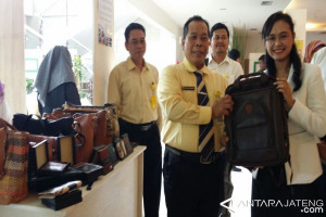 Unnes Dampingi 6 UKM Bandeng Presto Semarang