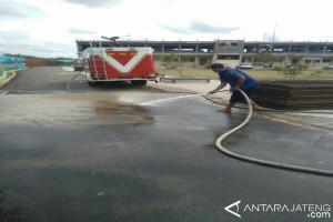 Personel Gabungan Bersihkan Kompleks Ponpes Balekambang Jepara