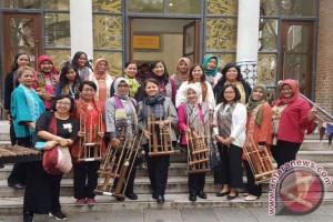 Seni Budaya Sunda Diperkenalkan di Inggris