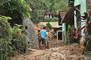 Bersama Meminimalkan Risiko Dampak Bencana