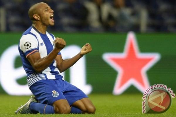 Porto Dampingi Besiktas Melaju ke 16 Besar Liga Champions