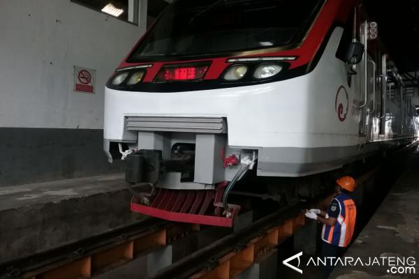 Kereta Api Batara Kresna Jalani Cek Rutin