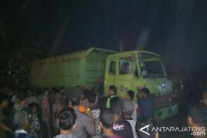 Akses Jalan Tol Batang-Pemalang Diblokir Ratusan Warga