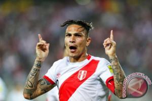 Piala Dunia, kapten Peru minta Swiss cabut larangan main