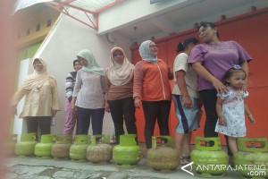 Masyarakat Temanggung Sulit Dapatkan Elpiji Tiga Kilogram
