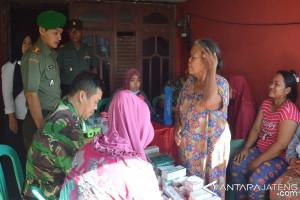 Kodim Demak Layani Pemeriksaan Kesehatan Korban Banjir Rob