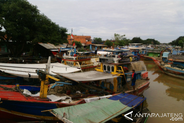 Cantrang dilarang, nasib nelayan kecil di Batang semakin sulit