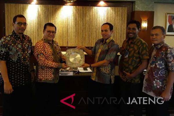 Bank Jateng terima 15 Years Loyalty Award