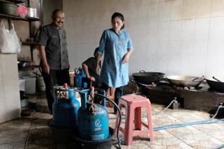 Tim Pemkot Magelang inspeksi elpiji di warung makan