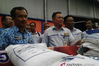 Bansos rastra untuk Batang diluncurkan