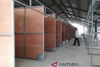 Surakarta pertimbangkan pembangunan shelter PKL