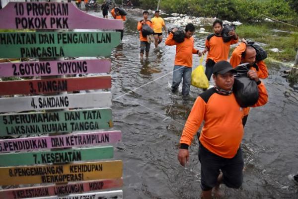 Bantuan untuk korban banjir