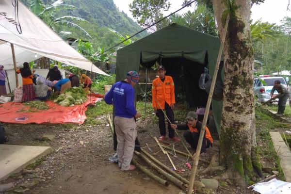 BPBD Banjarnegara pantau area terdampak longsor di Sirongge