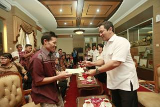 Delapan warga Waduk Jatibarang terima sertifikat tanah