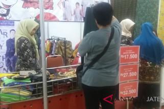 Ada produk tekstil murah di Apindo Great Sale