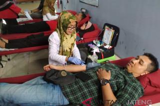 Ramadhan, PMI layani donor darah malam hari