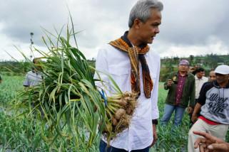 Ganjar Pranowo ajak masyarakat peduli kebersihan sungai